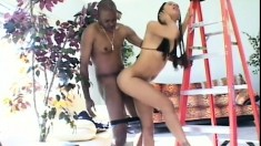 Sexy ebony can't pay the electrician but her pussy will take his deposit