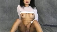 Christine shows you what you want to fuck and plays with her slit