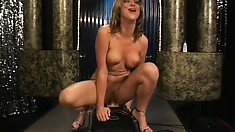 Terrific slut named Jessi Summers fills her soaked vaginal hole entirely