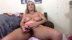 Big boobs milf masturbating